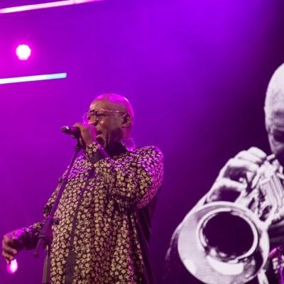 Tshepo_Tshola_at_Cape_Town_festival%3Acredit_Onele_Liwani_WEB.jpg