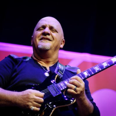 Web_Frank_Gambale_credit_Bob_Rose%2C_Official_Festival_Photographer.jpg